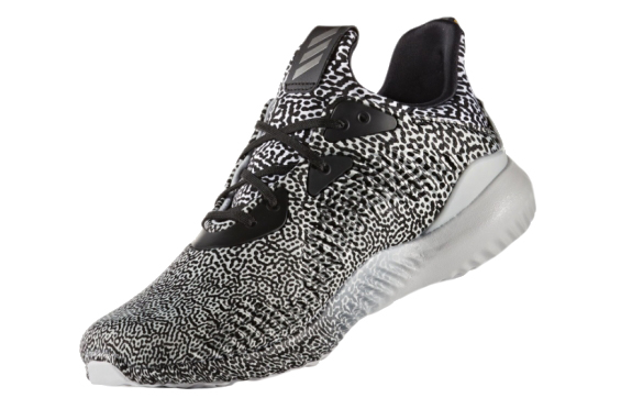 "Adidas AlphaBOUNCE ""Motion Capture"" Black/White (40-45)"